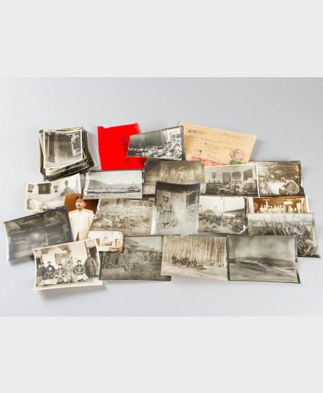 Valokuvia, 40 kpl, kirjekuori ja käyntikortti