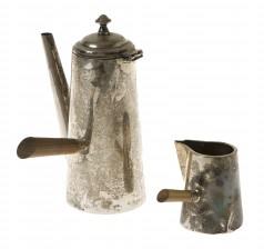 Kahvikannu ja kermakko