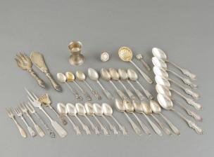 Erä hopeaa, n. 35 kpl