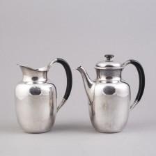 Kahvi- ja vesikannu