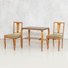 Pöytä ja tuolipari