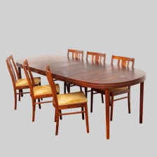 Ruokapöytä ja tuoleja, 6 kpl