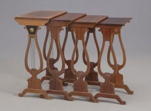 Sarjapöytä, 4 osaa