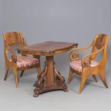 Nojatuolipari ja pöytä