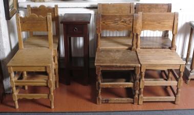 Tuoleja, 4+2 ja pylväs