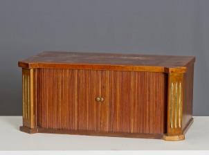 Kirjoituspöydänlaatikosto
