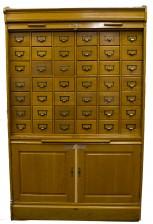 Arkistokaappi