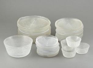 Erä astioita