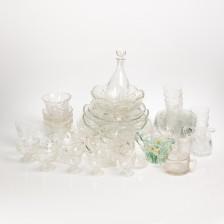 Erä puriste- ym. lasia