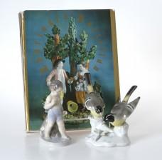 Figuriineja, 2 kpl ja kirja