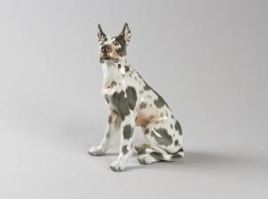 Figuriini, Istuva tanskandoggi