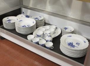 Ruoka-astiasto, 47 osaa