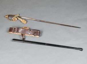 Miekka ja vyökannatin