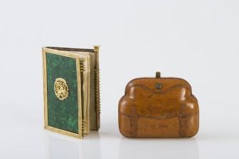 Kalenteri ja lompakko