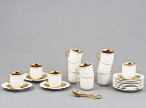 Kahvikuppeja, 12 kpl ja hopealusikoita, 12 kpl