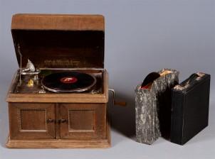 Gramofoni ja levyjä
