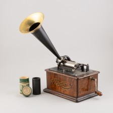 Torvigramofoni ja sylinteri