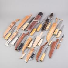 Puukkoja ja veitsiä, 13 kpl