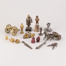 Figuriineja ym.