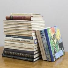 Kirjoja, 25 kpl