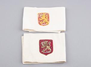 Käsivarsinauhoja Suomen vaakunalla, 2 kpl