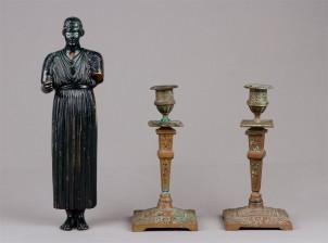 Figuriini ja kynttilänjalkapari