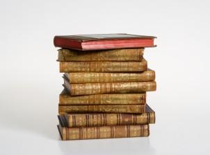 Kirjoja, 7+2