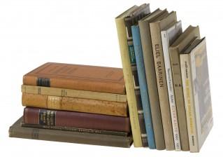 Arkkitehtuurikirjoja, 17 kpl