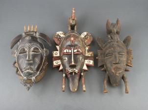 Afrikkalaisia naamioita, 3 kpl