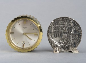Kello ja mitali