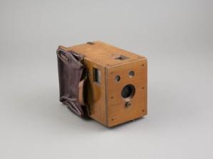 Makasiinikamera