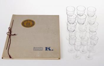 Erä laseja ja Riihimäen lasikuvasto