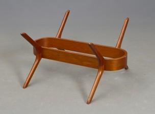 Sohvapöytä (lasi puuttuu)