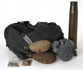 Erä armeija-/sotaesineistöä